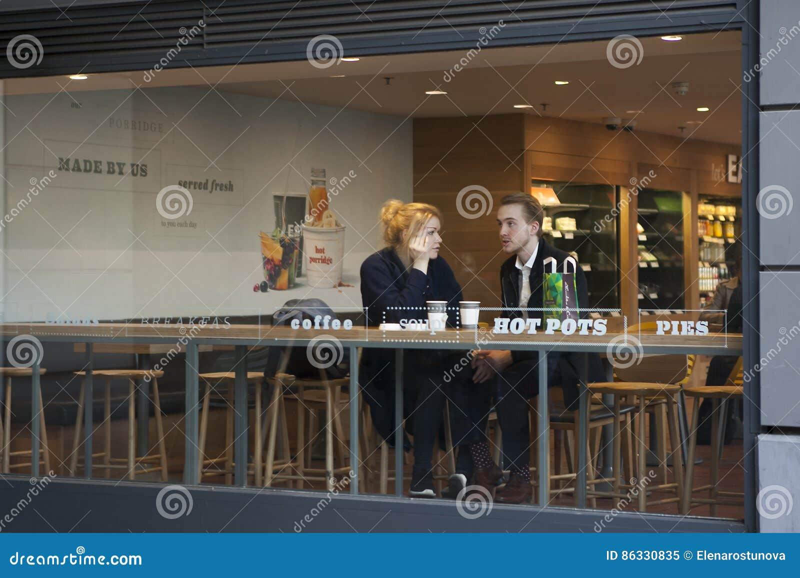 Dating cafe uk london
