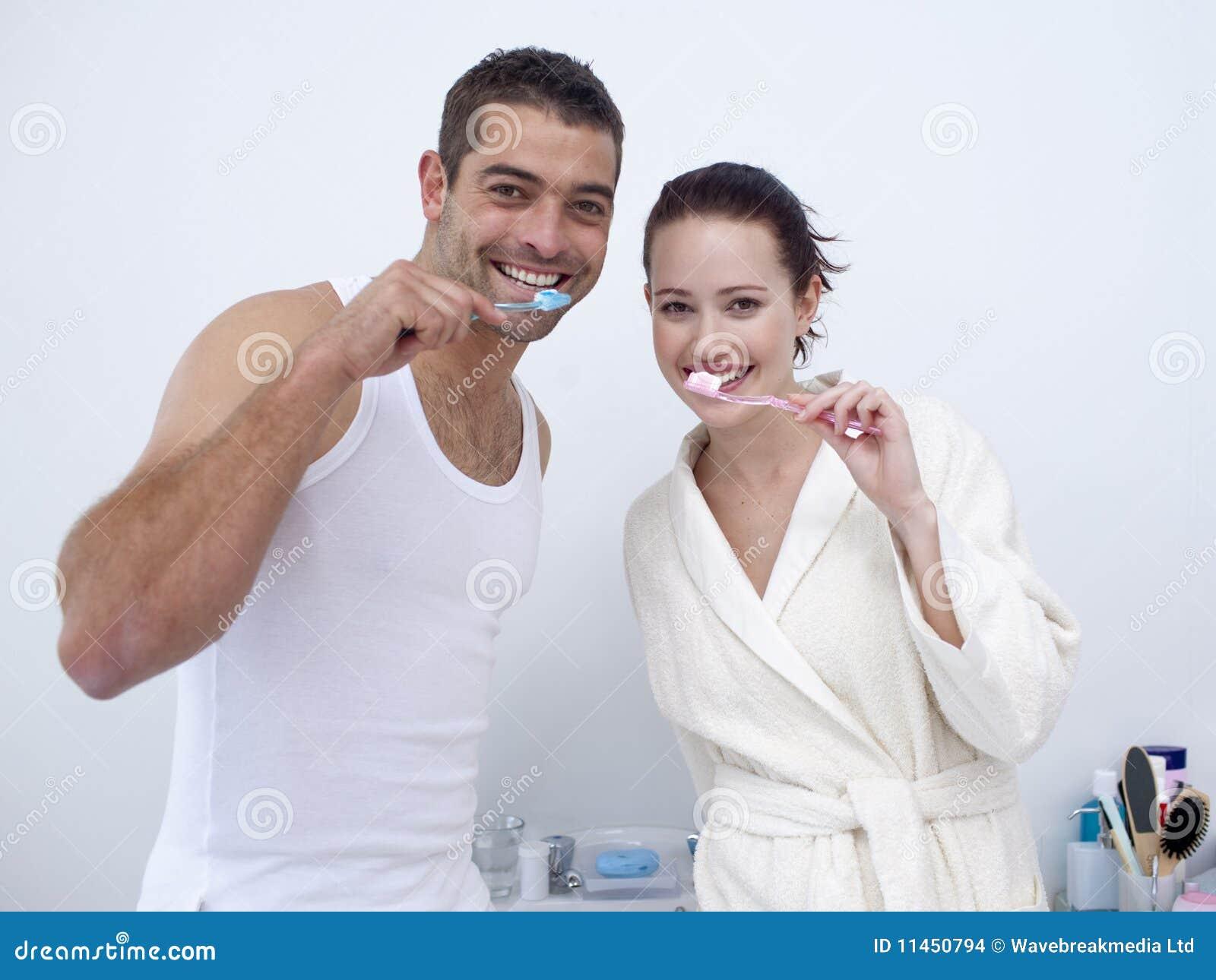 Фото пары в ванне 21 фотография