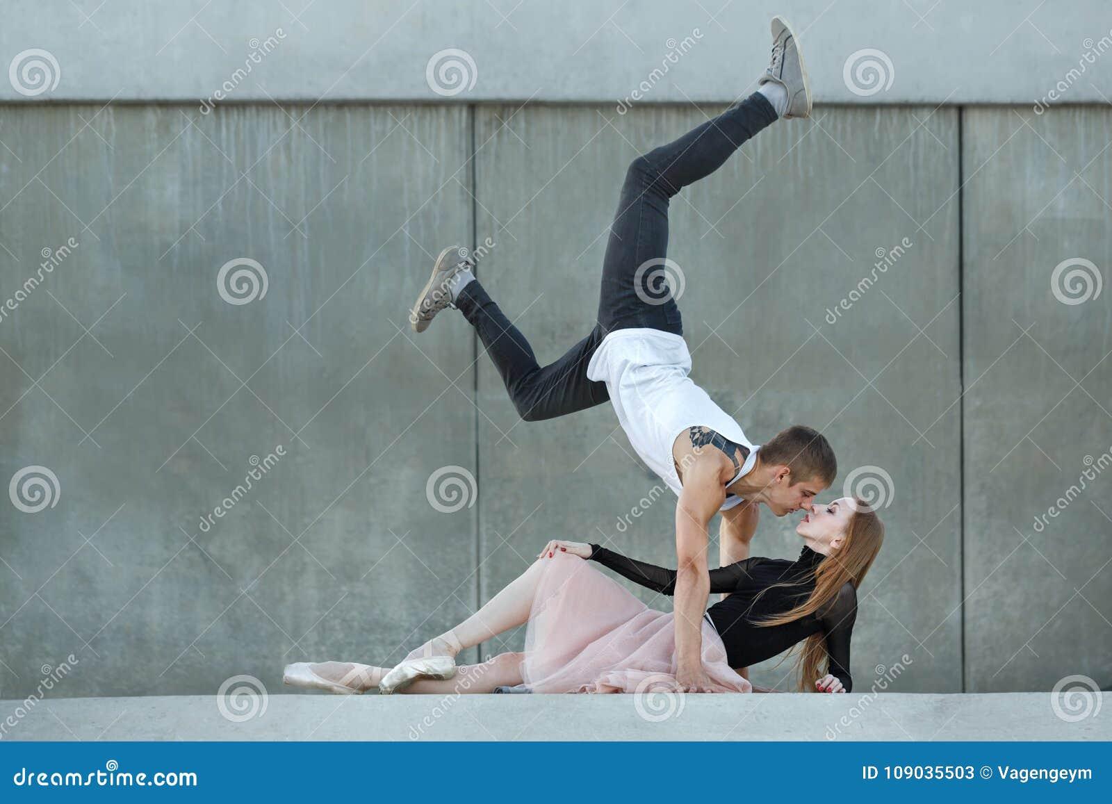 Slender dating