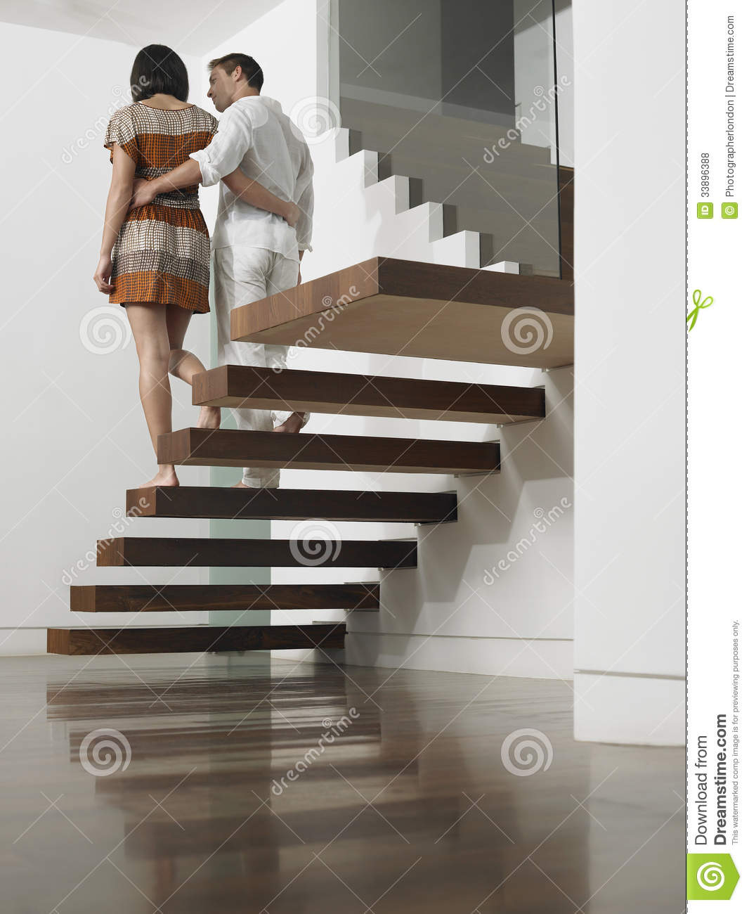 Desending stairs photo 29