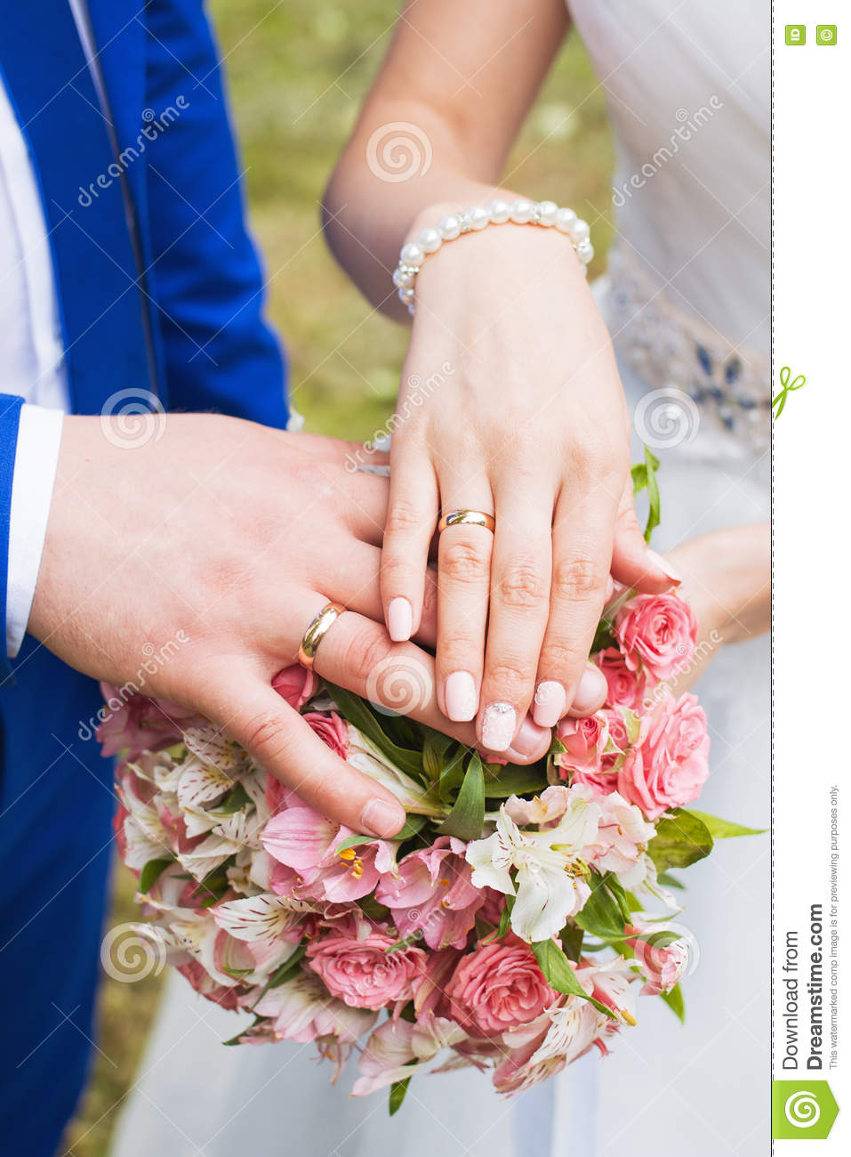 The Couple Exchange Wedding Rings Stock Photo - Image of gold ...