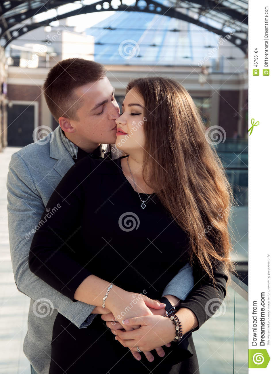 holding hands and kissing but not dating Why holding hands will help your relationship  produces more oxytocin early in the dating phase when experiencing physical contact like holding hands, kissing,.