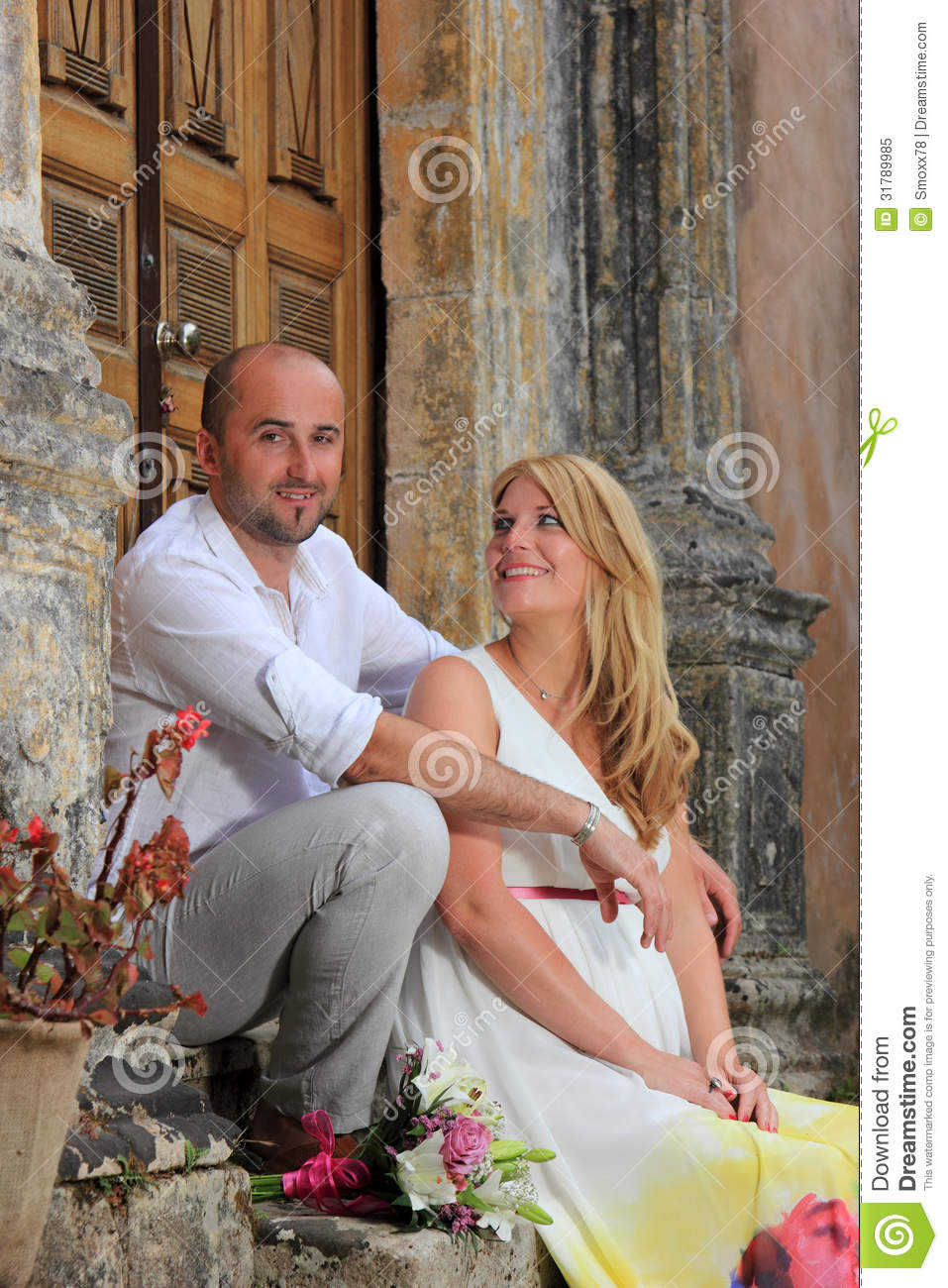Couple In Love Royalty Free Stock Photo - Image 31789985-6954