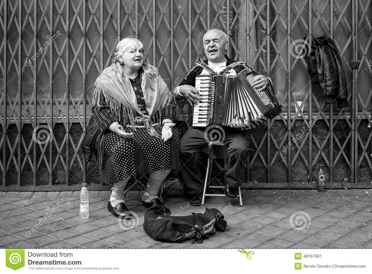 Image of: Pictures Couple Of Old People Singing And Playing Dreamstimecom Couple Of Old People Singing And Playing Editorial Photo Image Of
