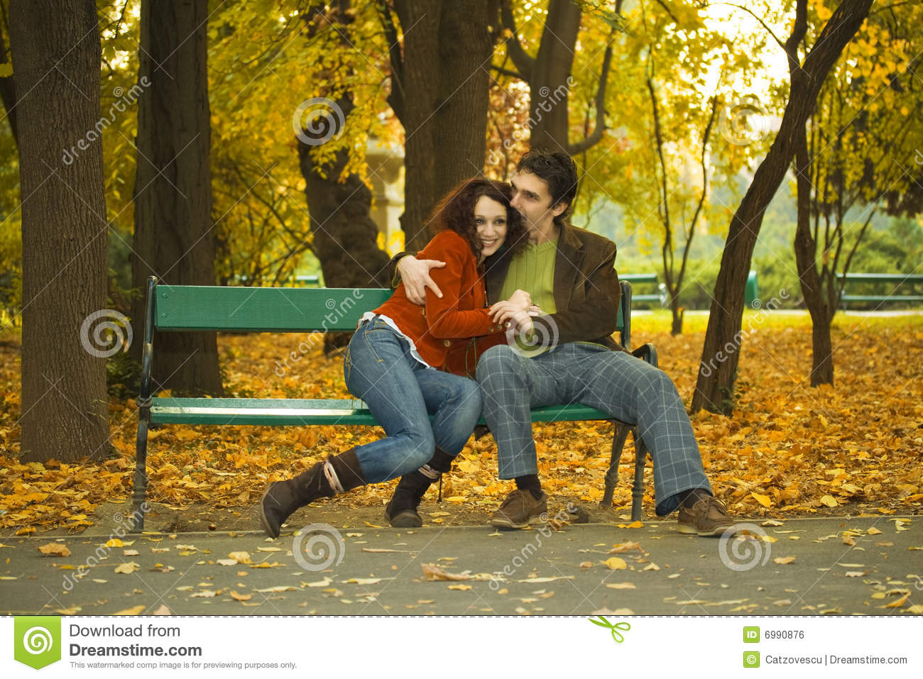 Couple In The Park Royalty Free Stock Image - Image: 6990876