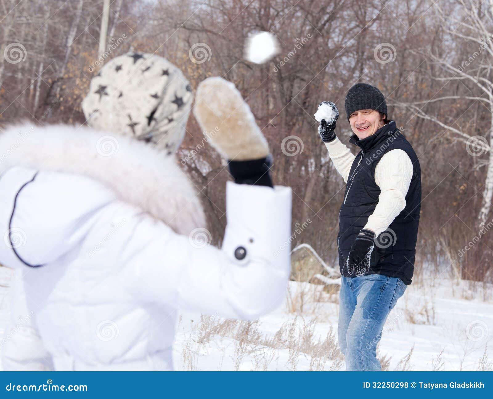 Couple snowballing