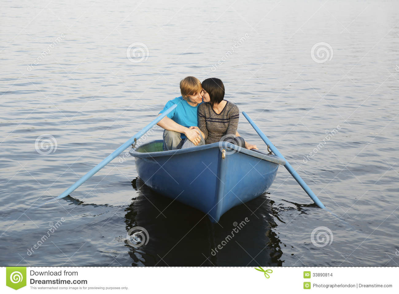 Couple In Rowboat At Lake Stock Images - Image: 33890814