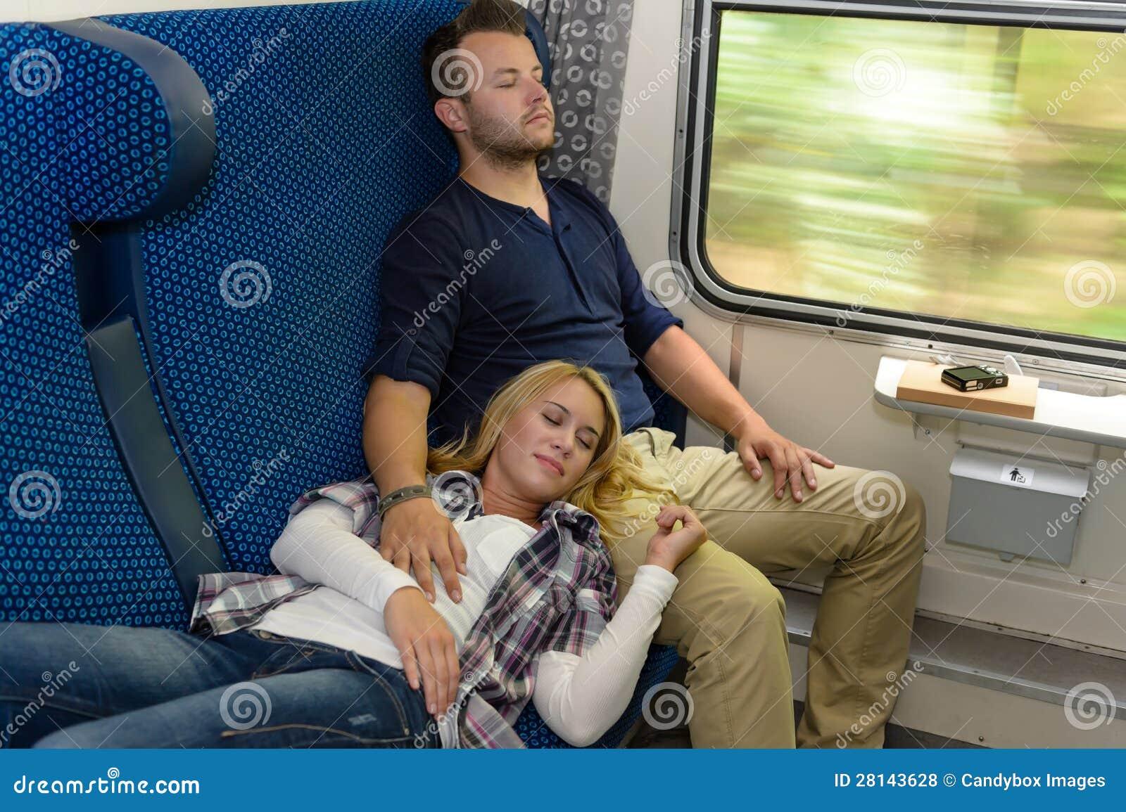 Фотки спящих в поезде 26 фотография