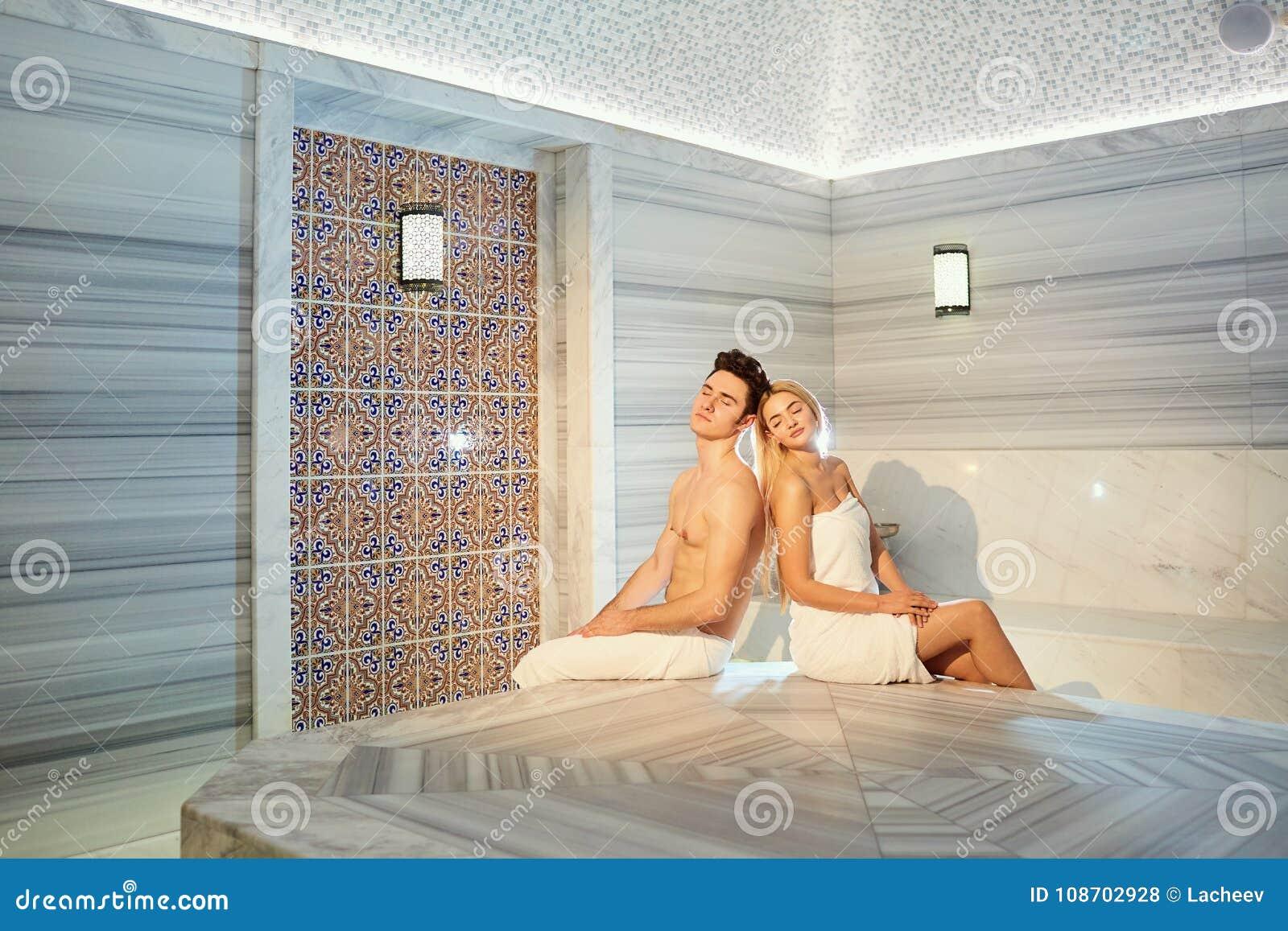 Tamilnadu aunty in nude and sexy