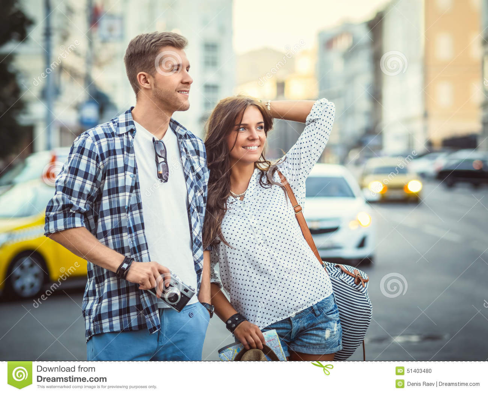 Couples dans la ville