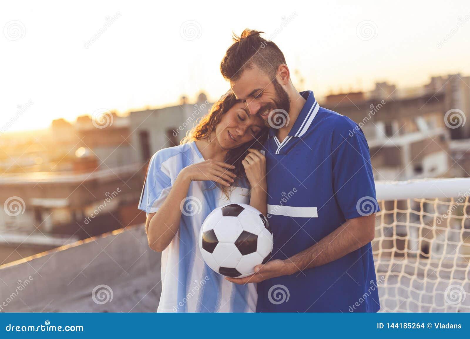 Couples de passionés du football