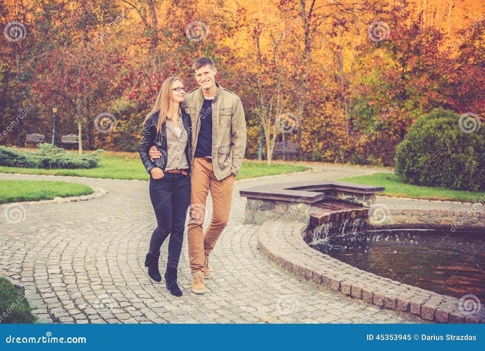Couples en parc