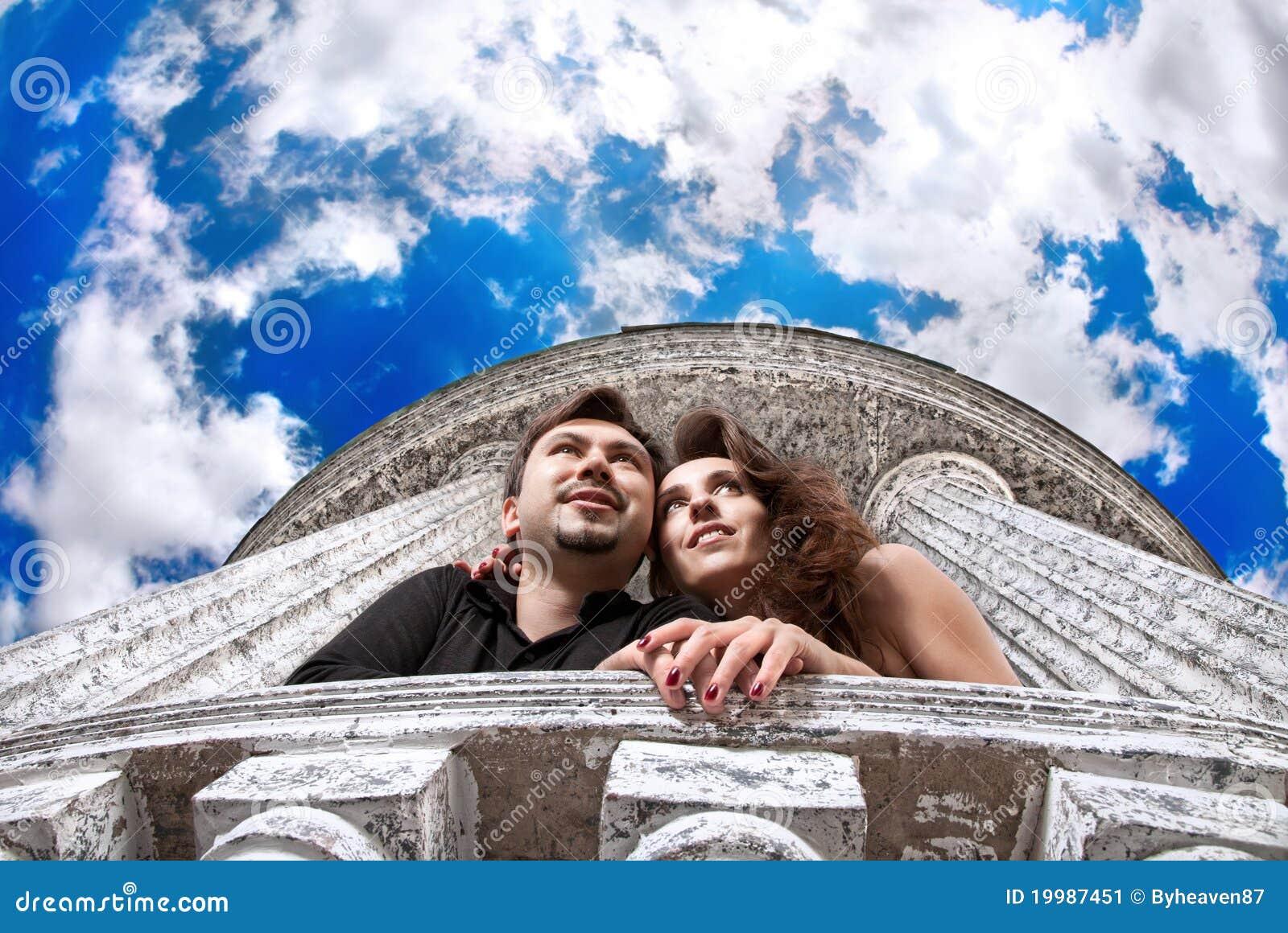 Couples envisageant l avenir