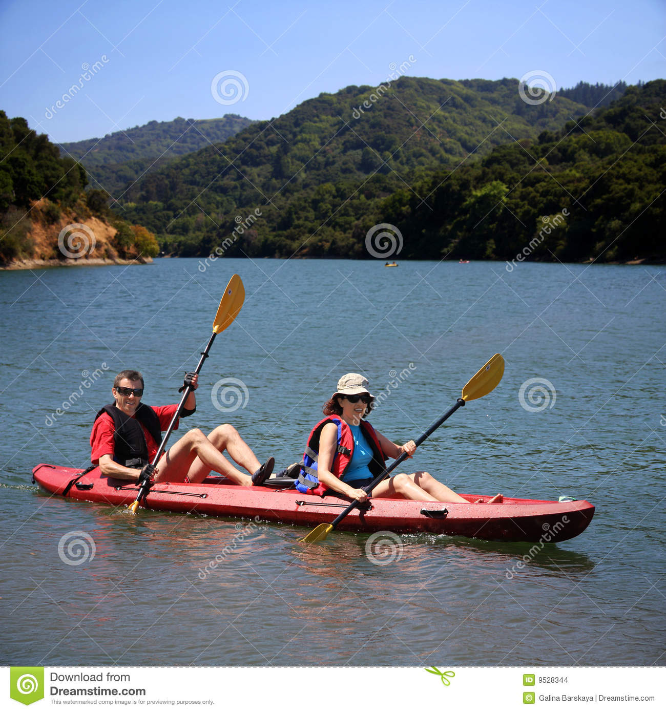 Couples kayaking