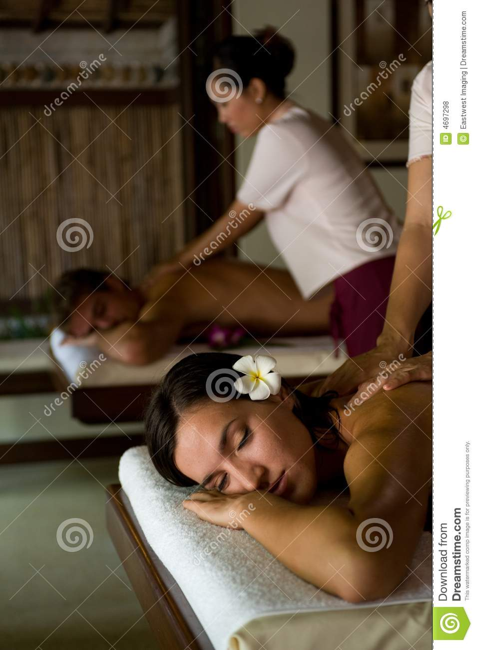 couples-massage-4697298 Enhance Your Business With a new European Bath Massage Chair