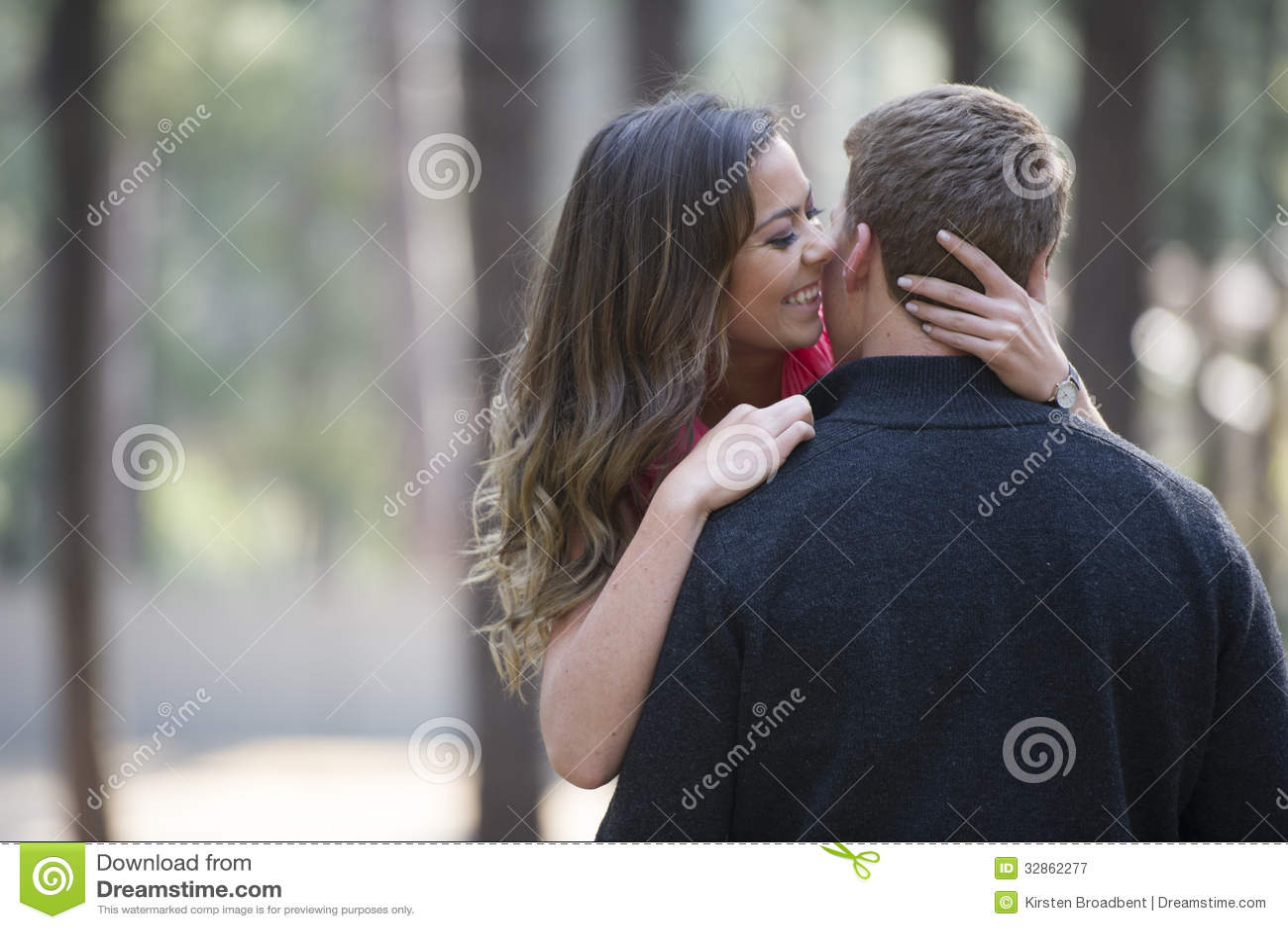 Couples nouvellement engagés