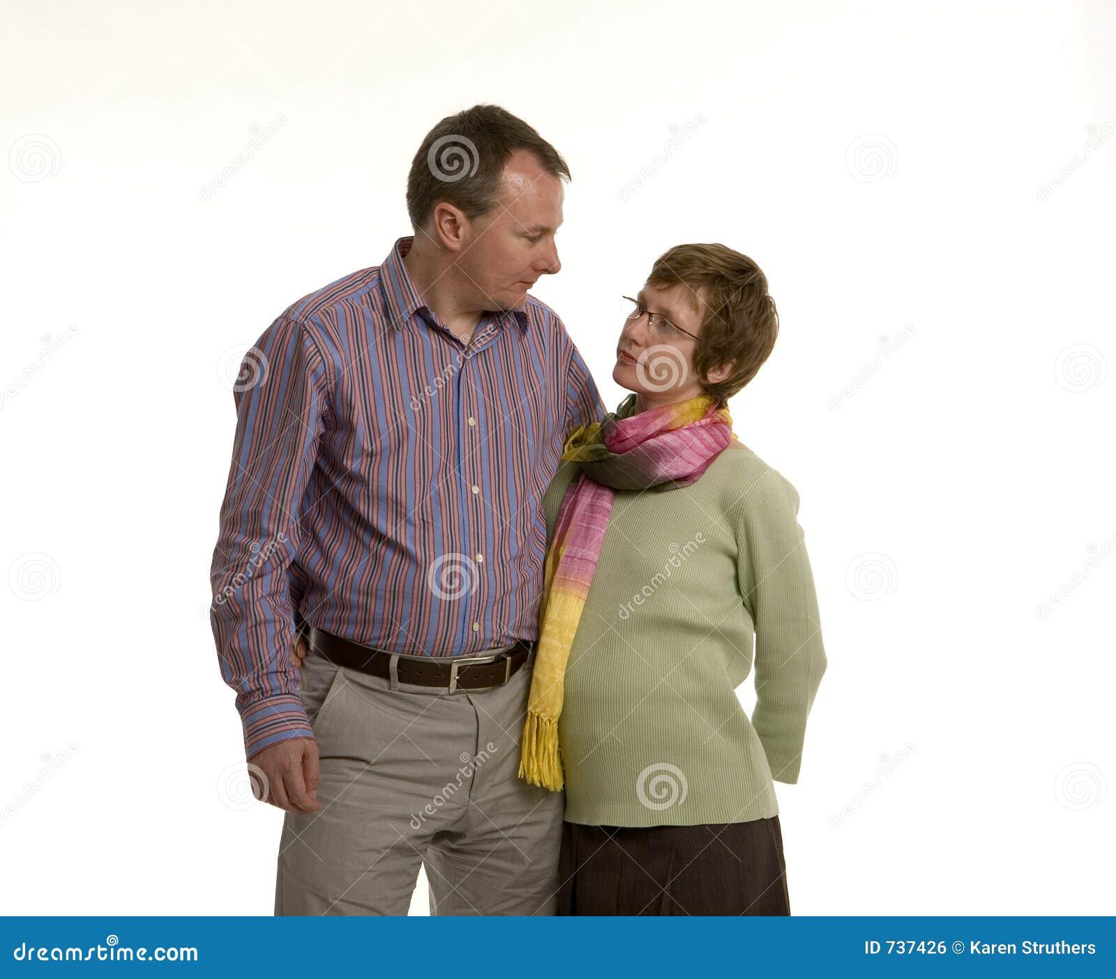 Couples regardant l un l autre