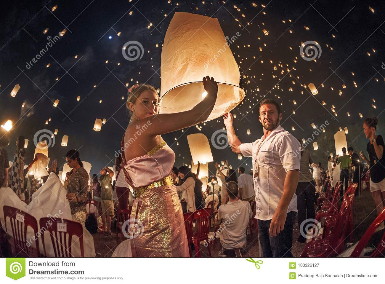Couples Releasing Lanterns In The Sky During Yi Peng Festival Thailand Editorial Photography Image Of Traditions Tourists 100326127