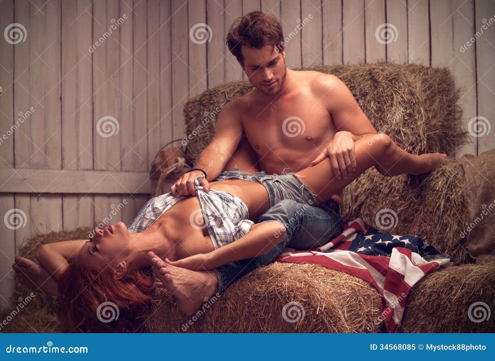 baise et ejaculation sur une chatte poilue dune minette
