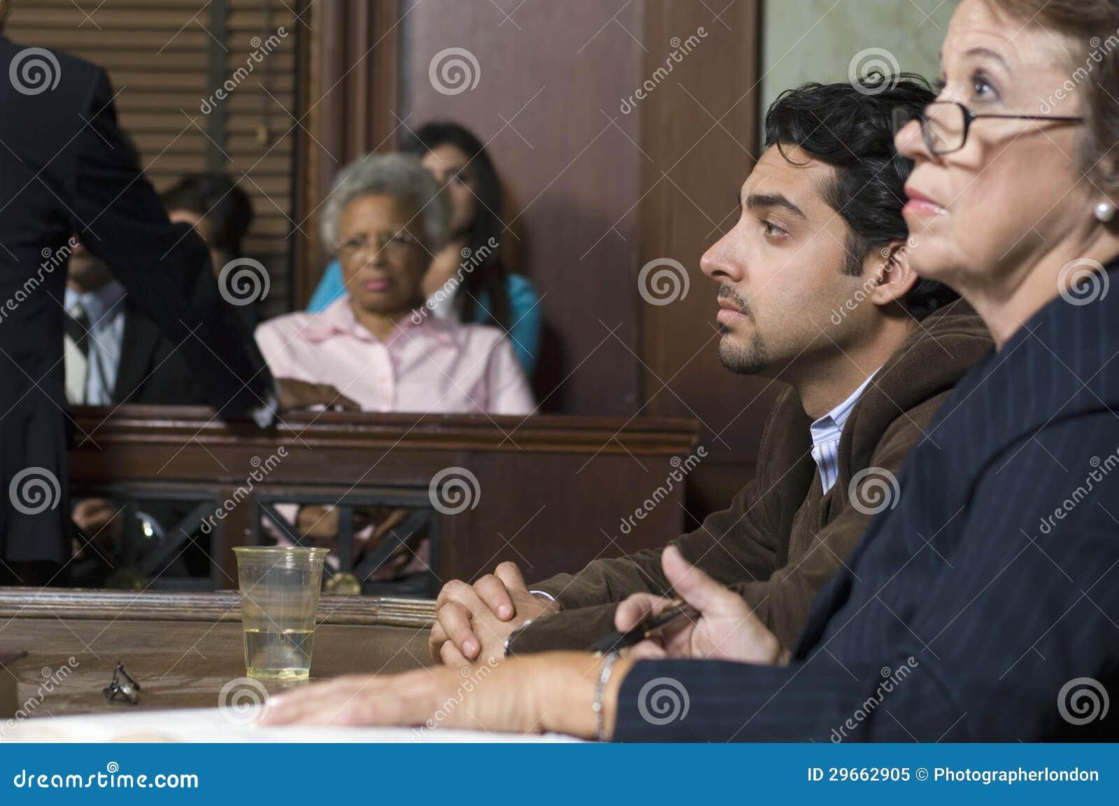Cour de With Client In d avocat de défense