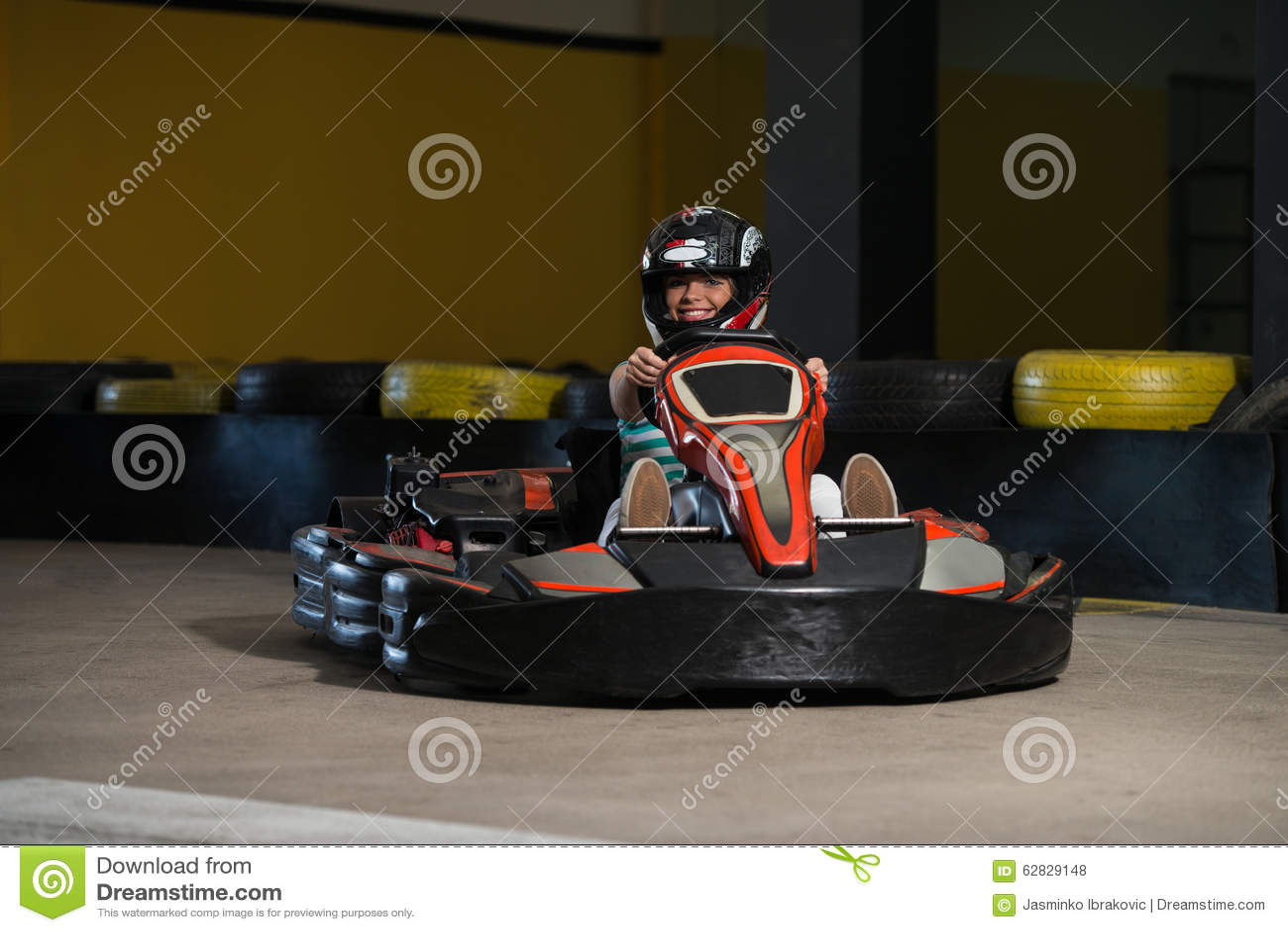 Course de précipitation de Karting de glissières de kart et de sécurité