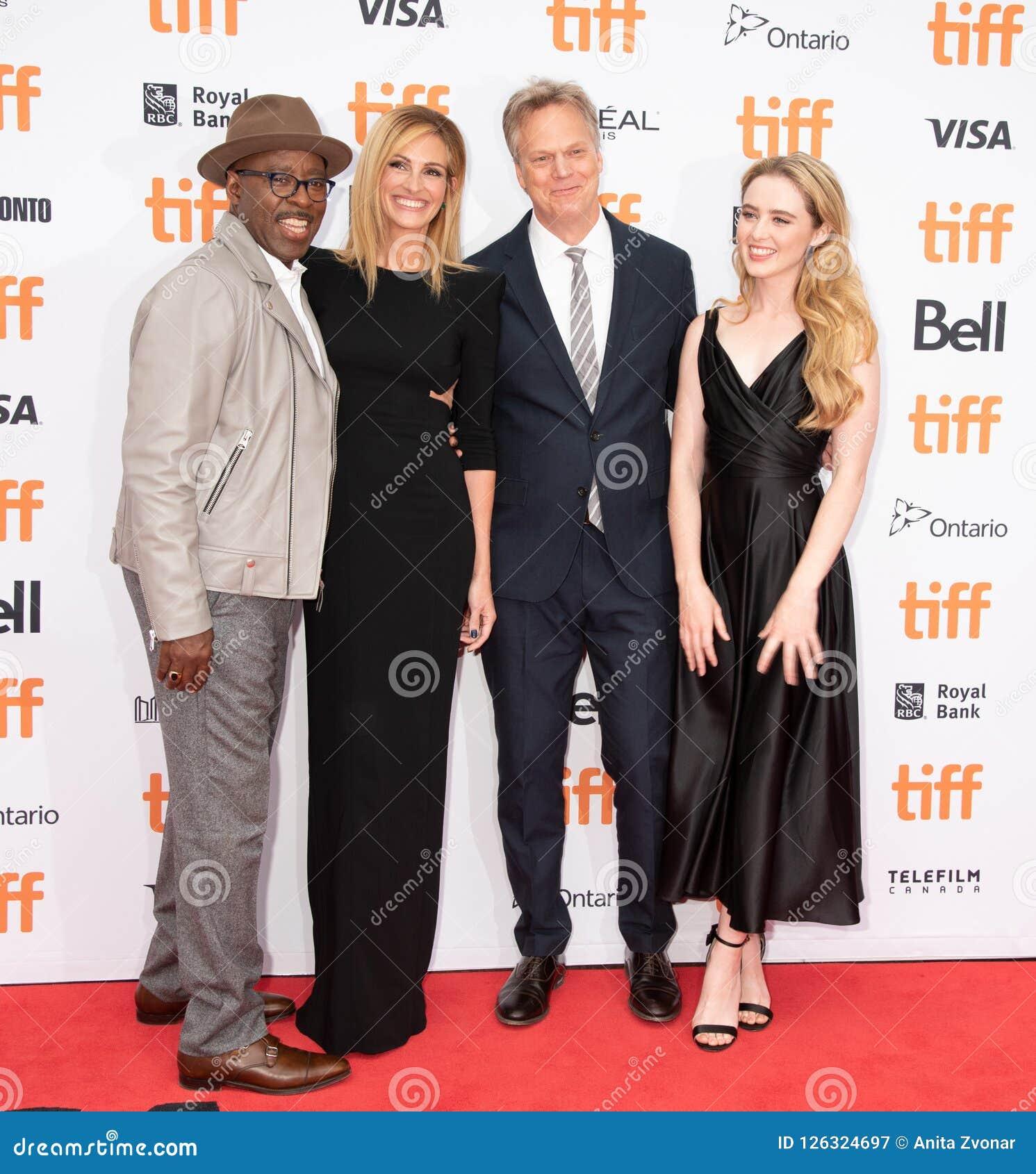 Courtney B Vance, Julia Roberts, Kathryn Newton et Peter Hedges assiste à la première de ` de Ben Is Back de ` pendant le TIFF201