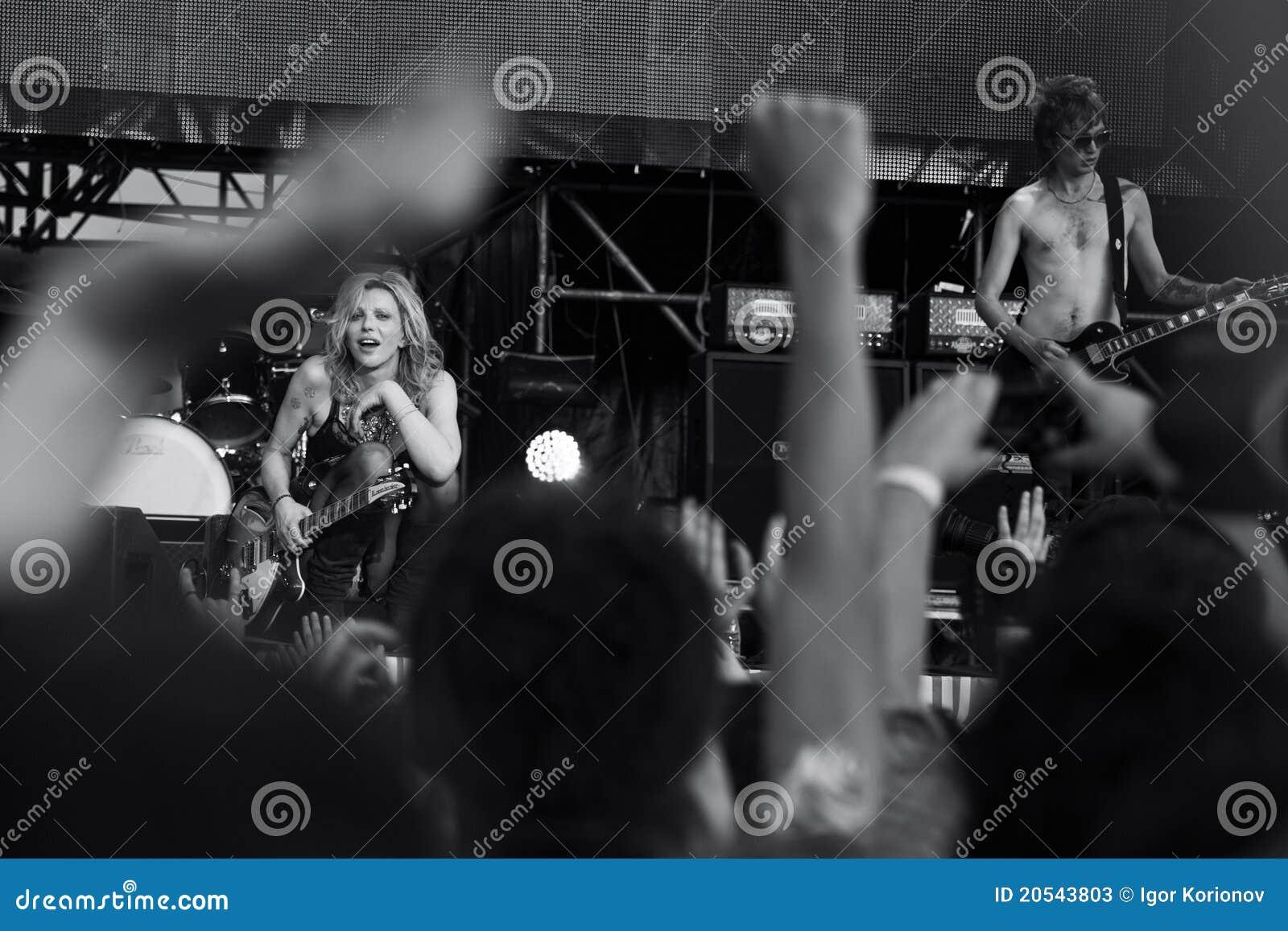 Courtney Love com sua faixa
