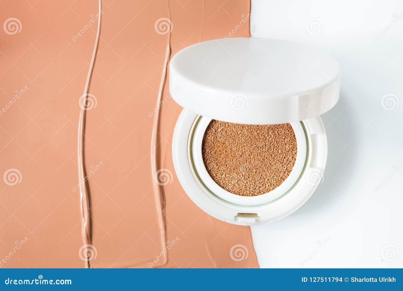 Coussin de base sur la moitié de la surface d une base tonale