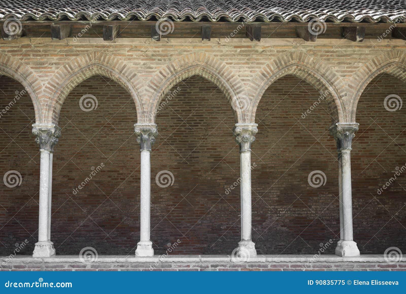 Couvent des的Jacobins修道院