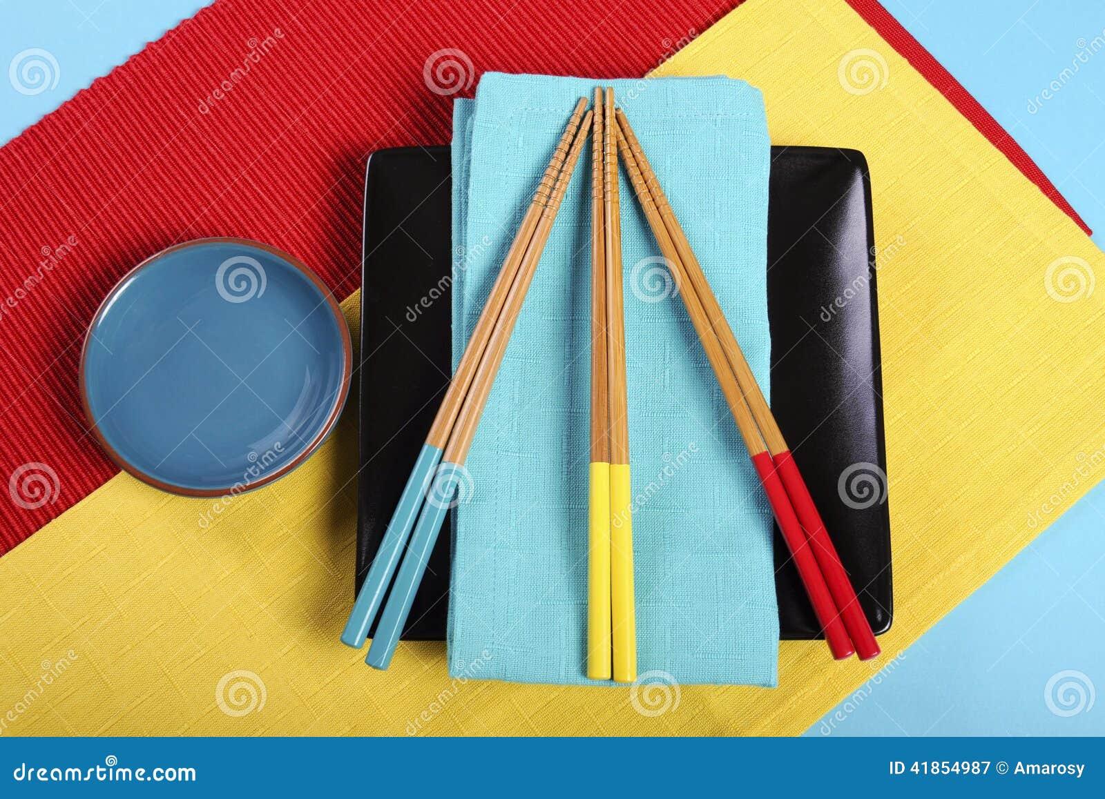 couvert oriental japonais de rouge jaune et bleu moderne de tableau image stock image du. Black Bedroom Furniture Sets. Home Design Ideas