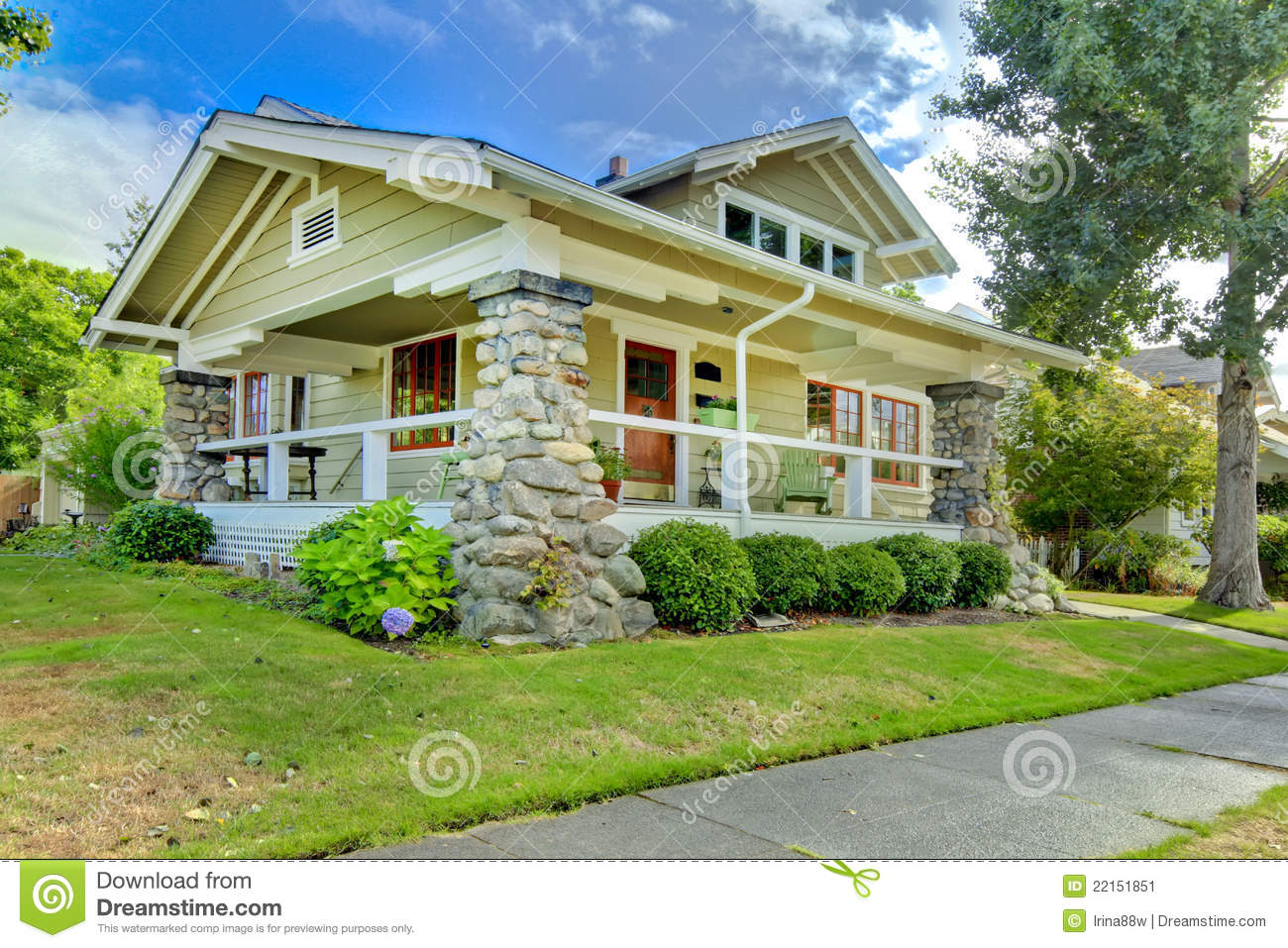 Covered front porch craftsman style home royalty free stock image - Covered Front Porch Old Craftsman Style Home Stock Image