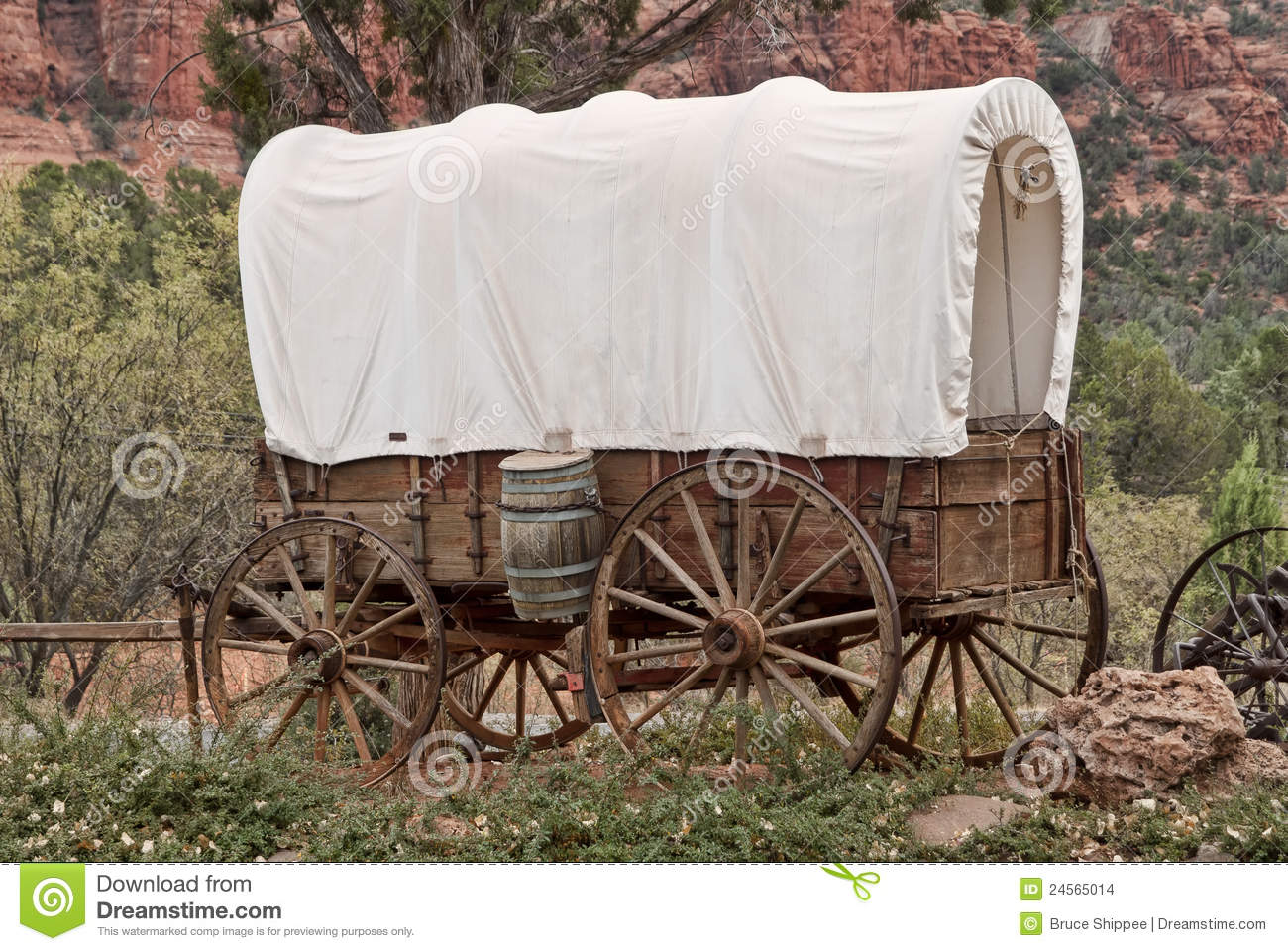 Covered wagon stock photo image of wagon barrel canopy for Covered wagon plans