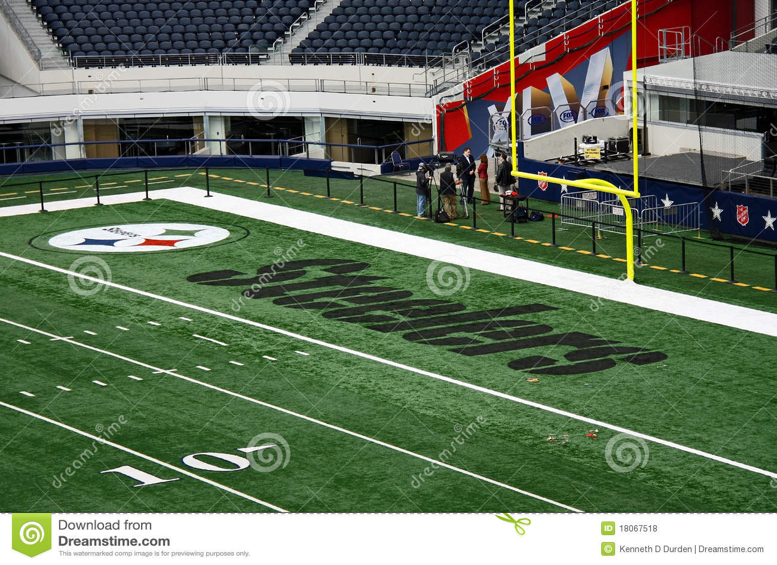 Cowboys STadium End Zone Interview Editorial Stock Photo ...