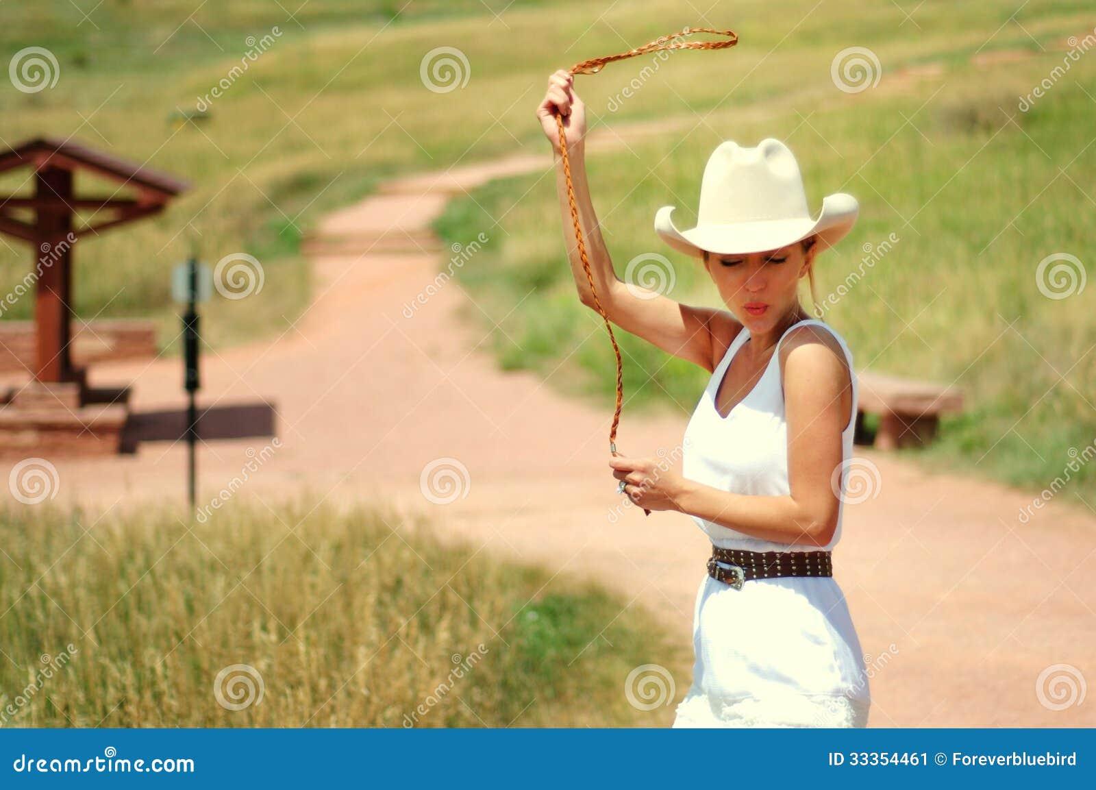 Cowgirl στο δρόμο
