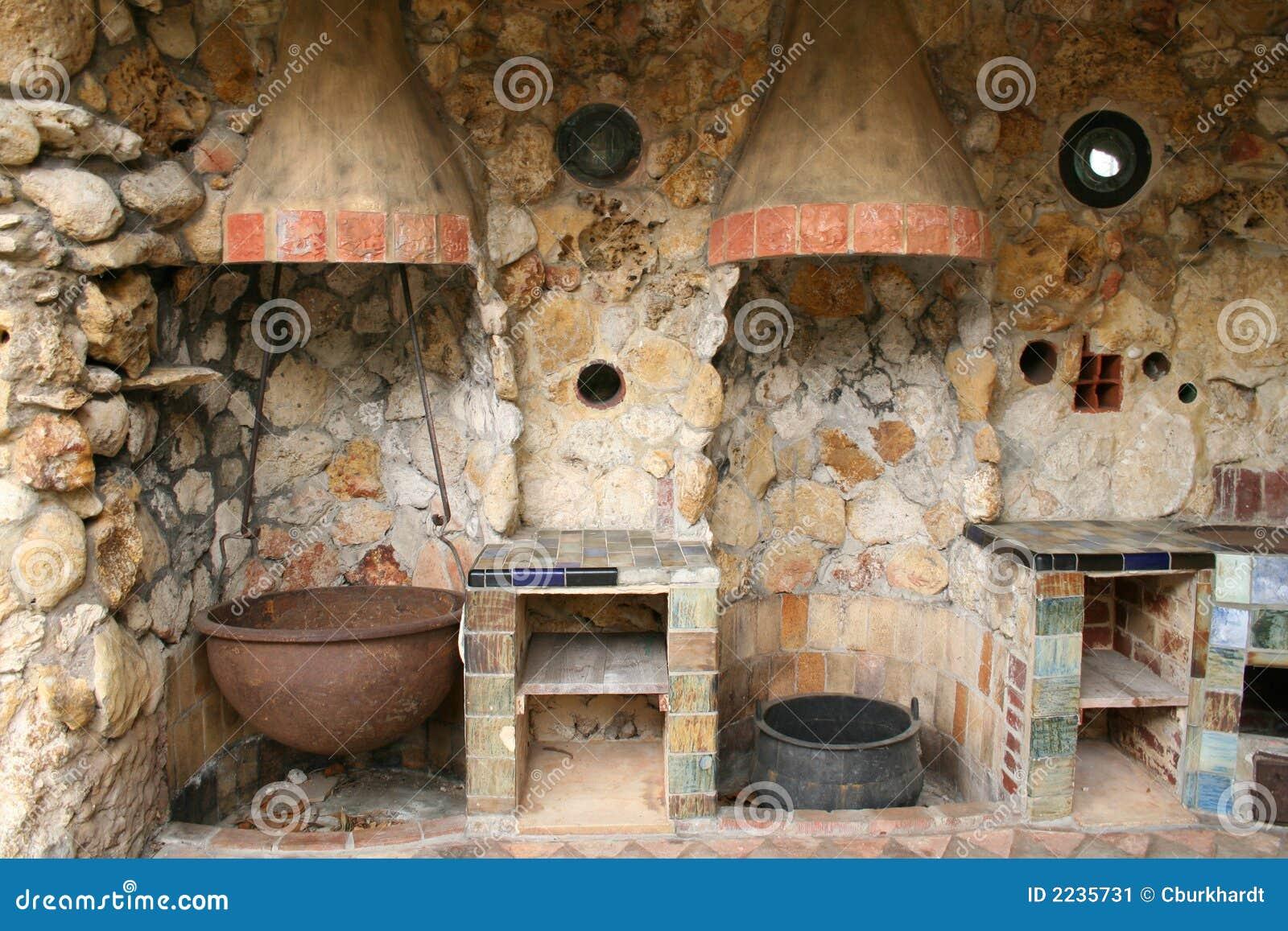 Rustic Kitchen Canisters Cozinha Ao Ar Livre Velha R 250 Stica Imagem De Stock Imagem