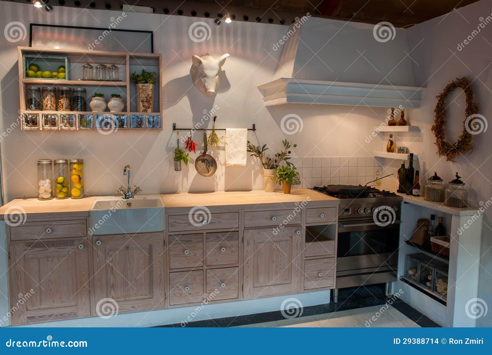 de Stock: Cozinha de madeira do país do projeto clássico neo moderno #986833 1300 957