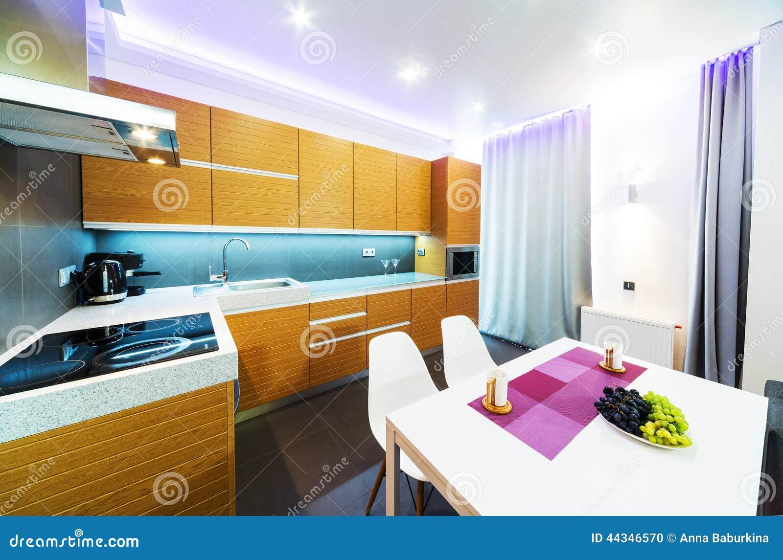 Cozinha Grande Moderna Foto De Stock Imagem De Interior 44346570