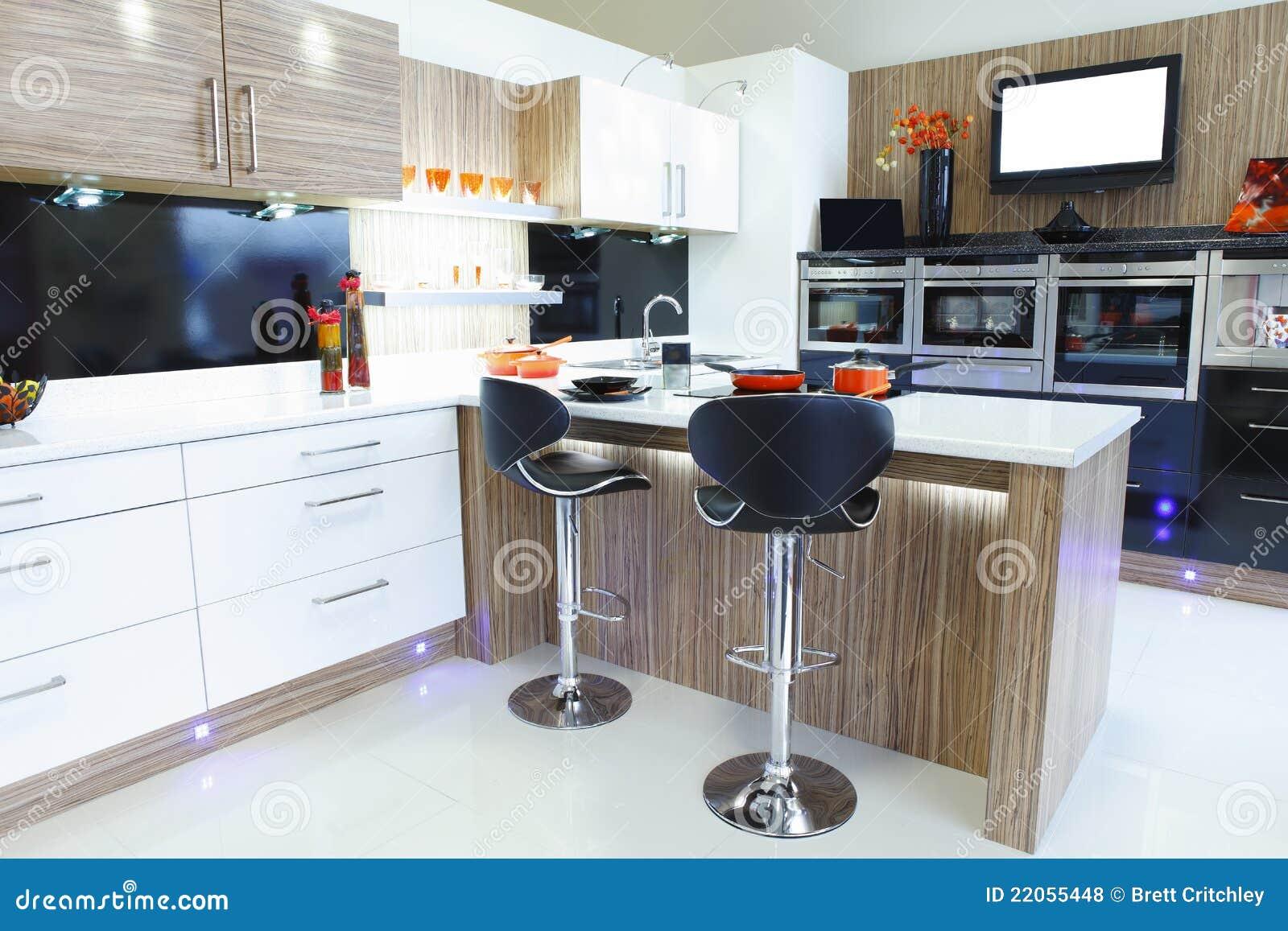 Cozinha Home Projetada Interior Fotos de Stock Royalty Free Imagem  #384562 1300 957