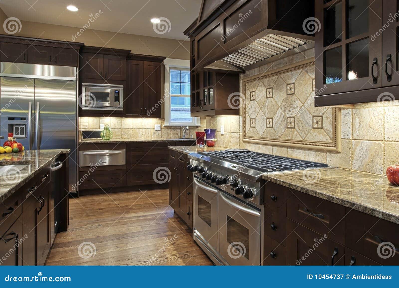 Cozinha Luxuosa Fotografia de Stock Royalty Free Imagem: 10454737 #82A328 1300 956