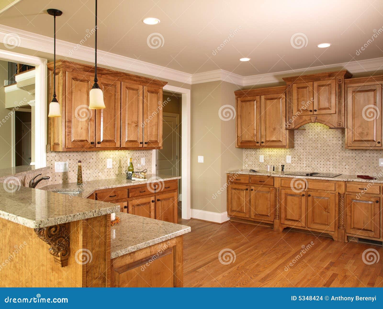 Cozinha Luxuosa Do Mel Da HOME Modelo Imagens de Stock Imagem  #AF811D 1300 1065