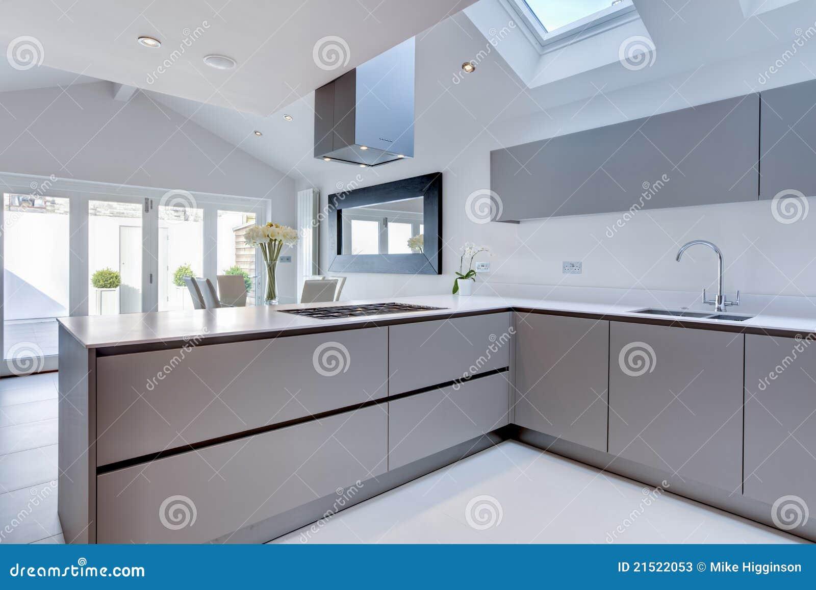Cozinha Moderna Chique Imagem De Stock Imagem De Arquitetura 21522053