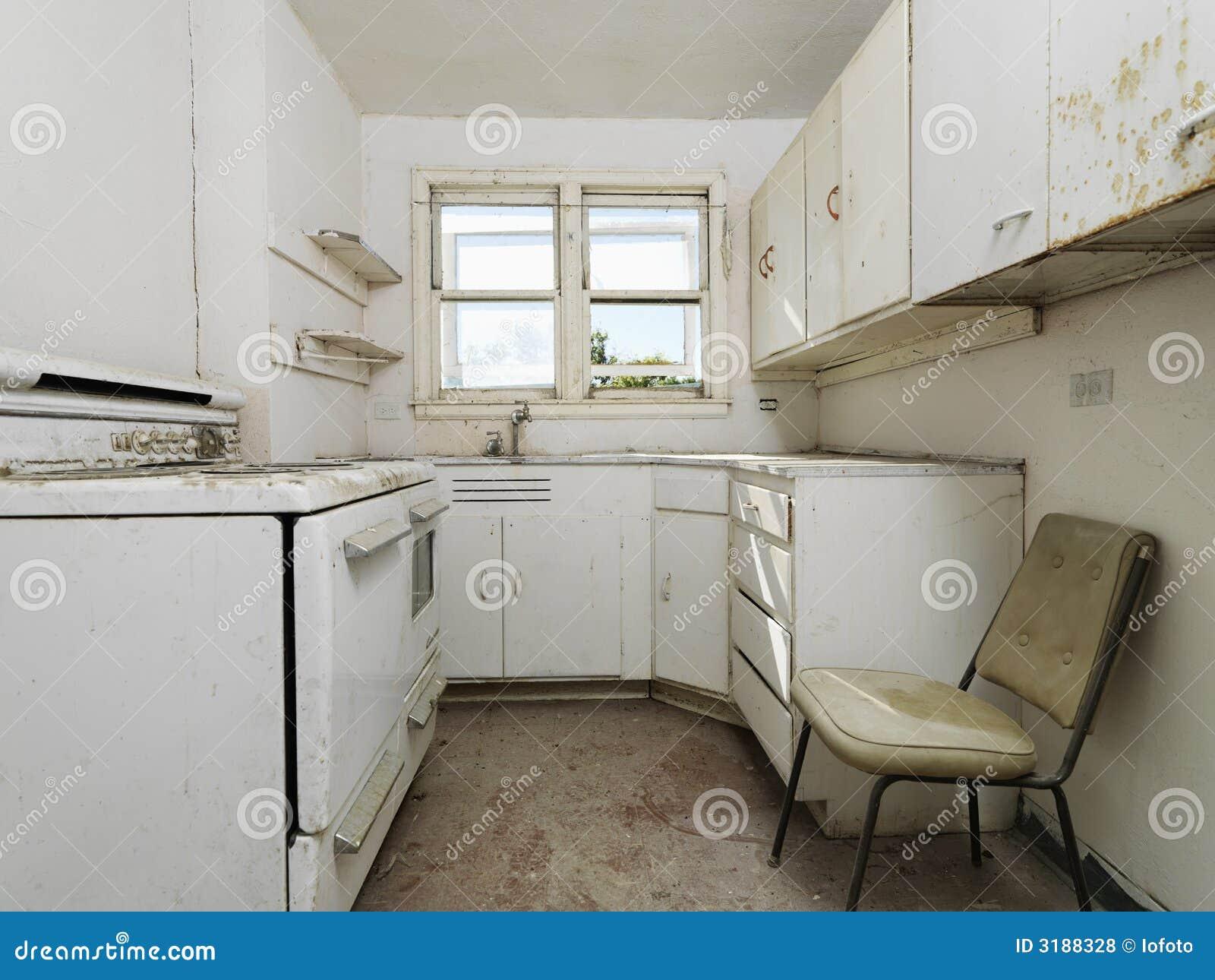 Cozinha Suja Abandonada Foto De Stock Imagem De Desocupado 3188328