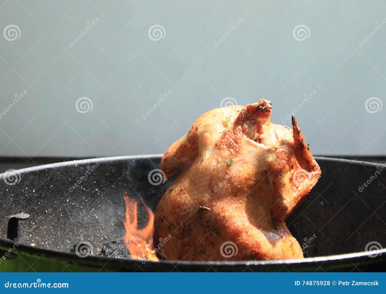 Cozinhar a galinha pode sobre
