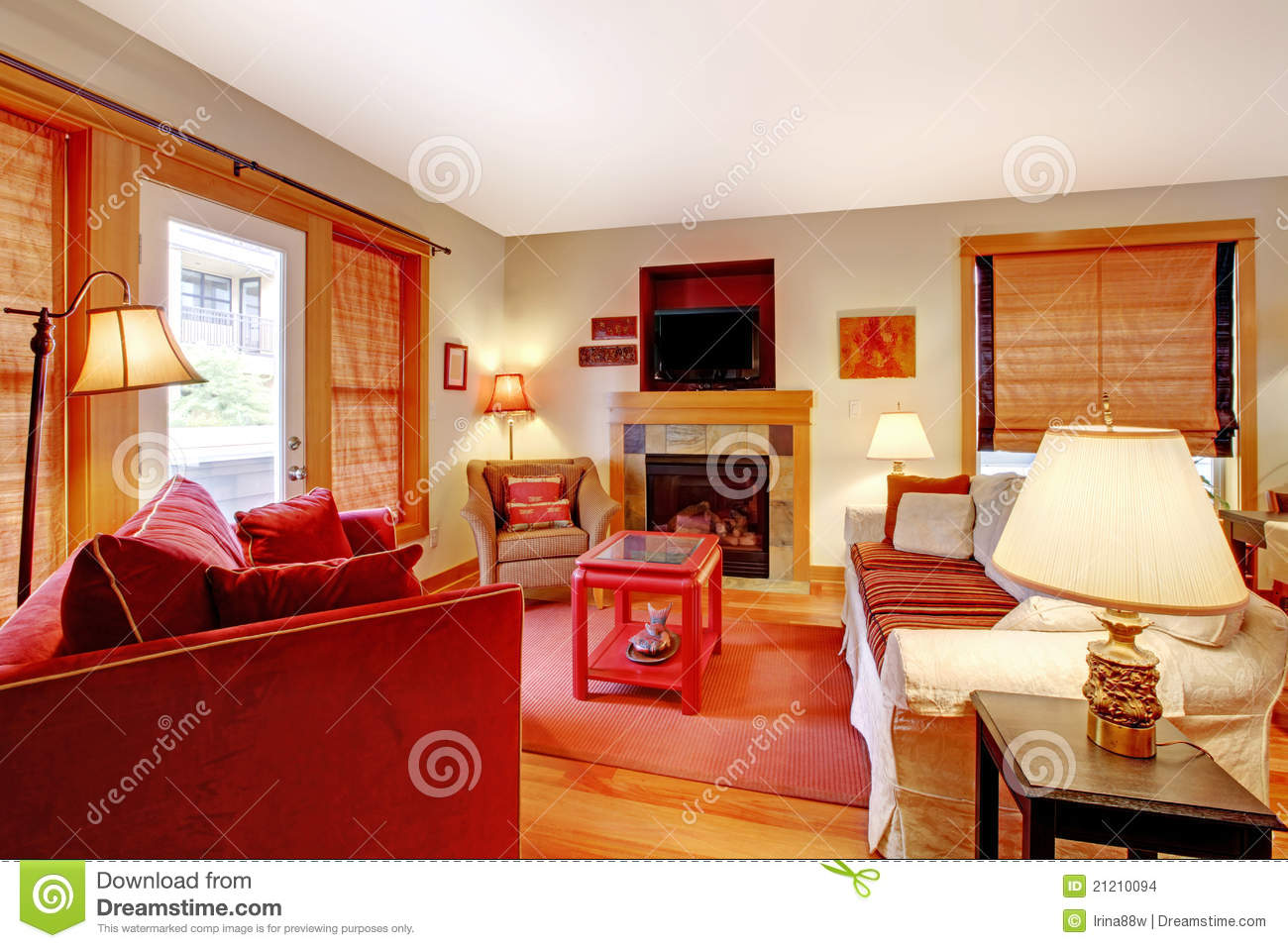 Rode Design Bank.Cozy Living Room With Red Sofa And Fireplace Stock Photo Image