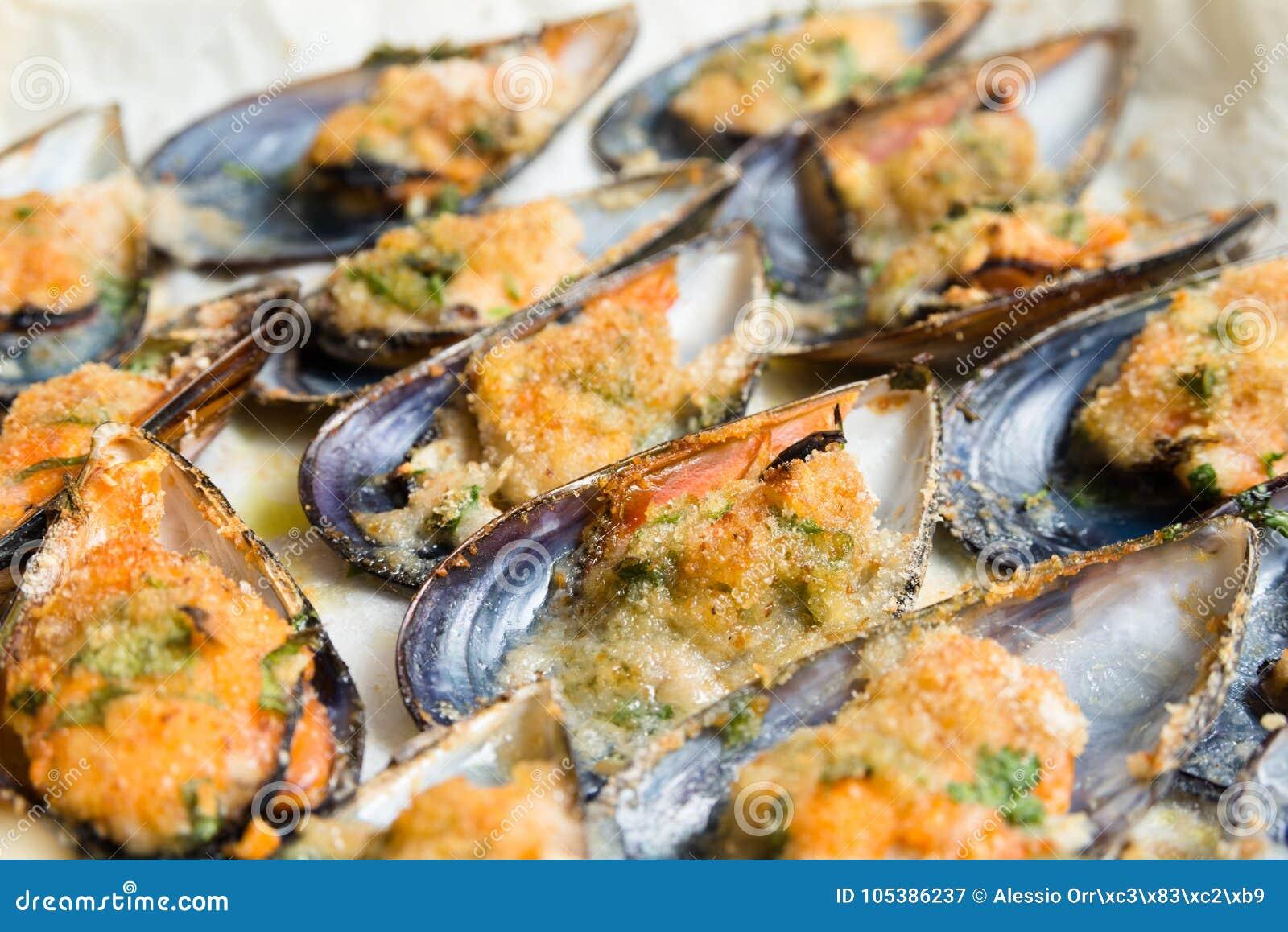 Cozze di Gratinated, alimento Mediterraneo