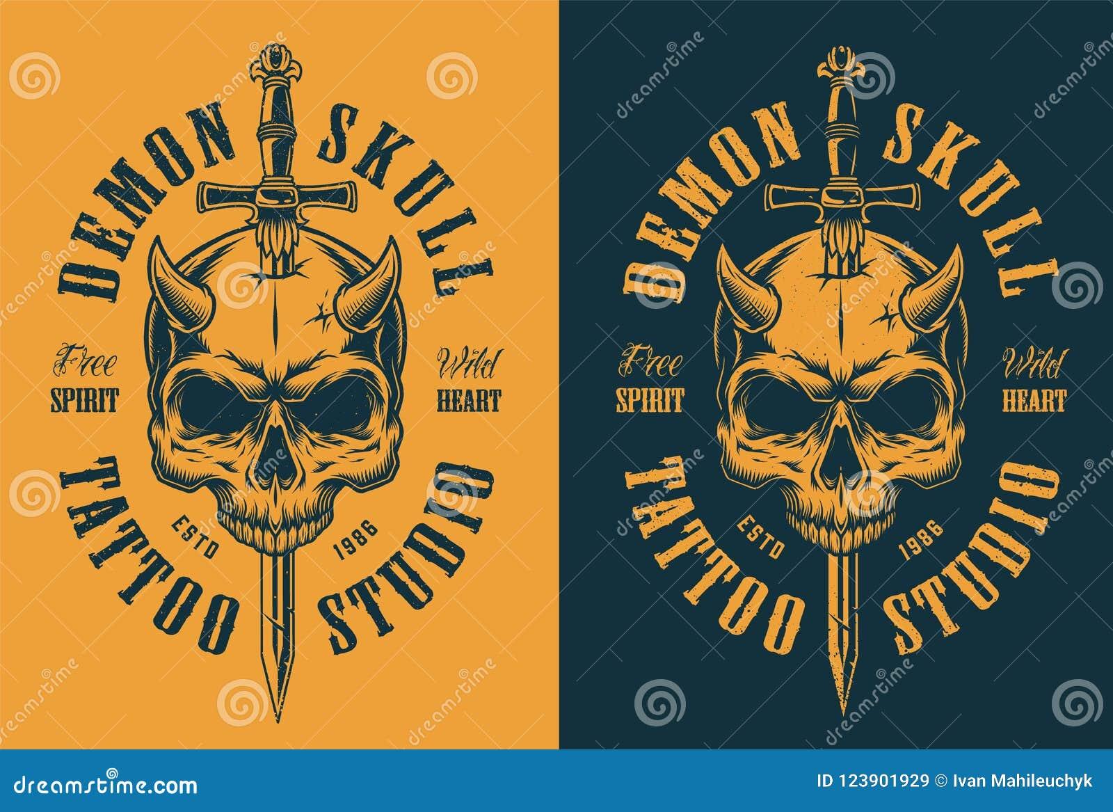Crânio com chifre e espada