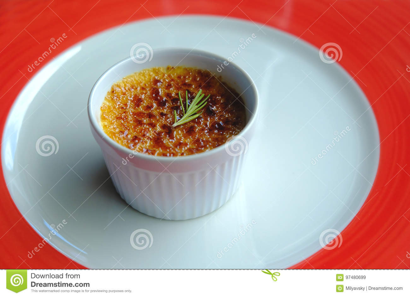 Crème-brulée, dessert francese