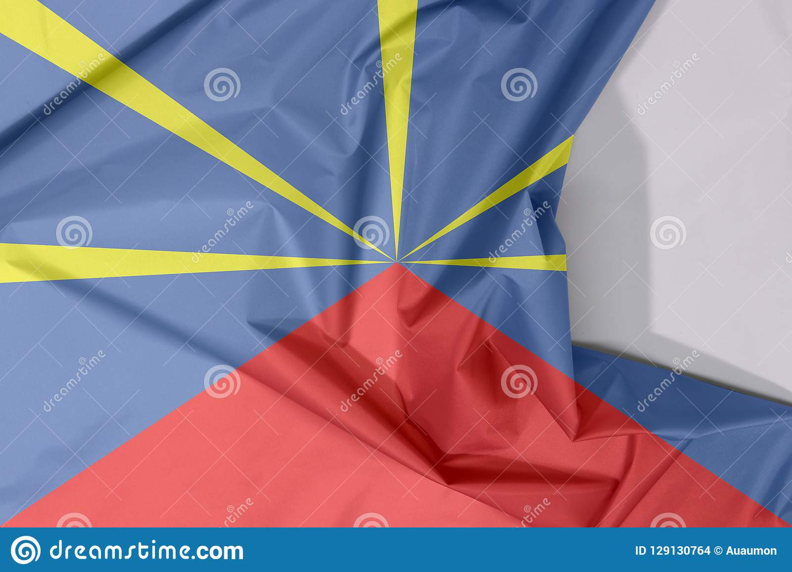 Tissu De La Reunion crêpe et pli de drapeau de tissu de la réunion avec l'espace