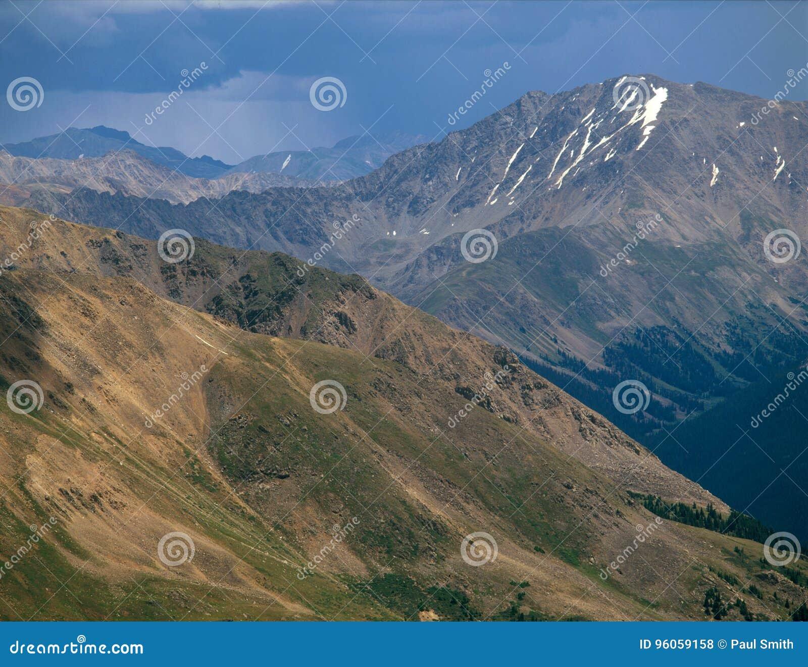Crête de La Plata et tempête de approche, chaîne de Sawatch, crêtes collégiales région sauvage, le Colorado