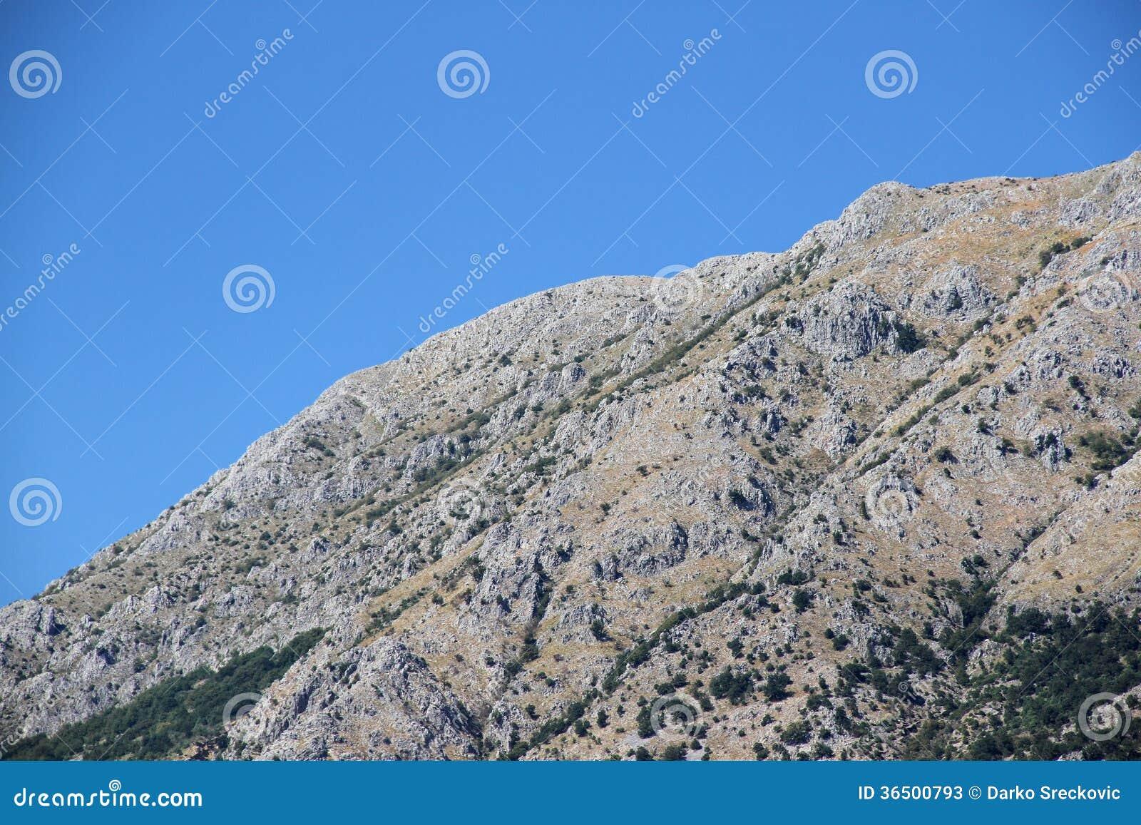 Crête de montagne
